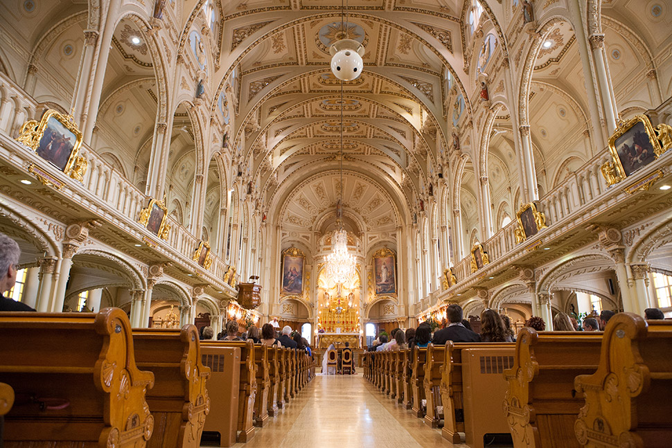 Cérémonie à l'église de Saint-Georges Ouest.