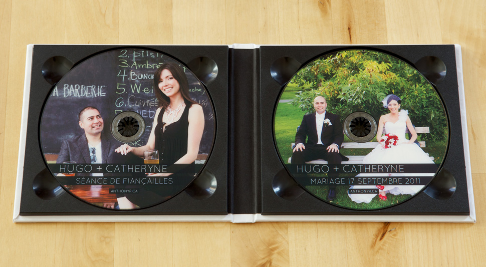 Double DVD case with printed CD