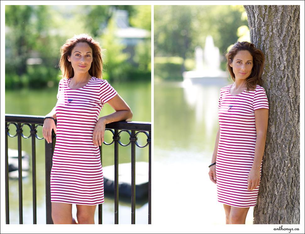 Femme en robe d'été près d'un lac à Montréal