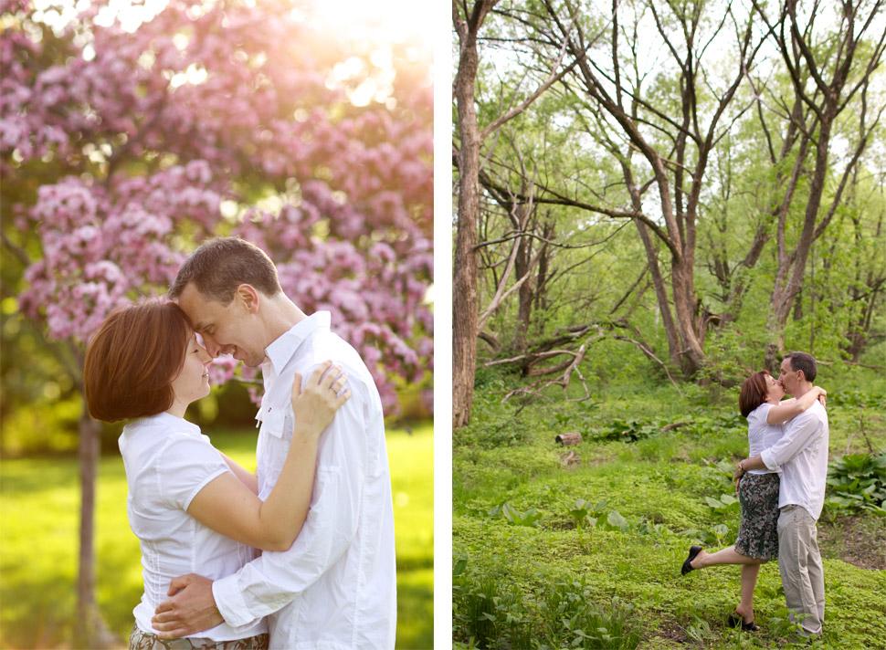 couple qui s'embrasse dans le bois