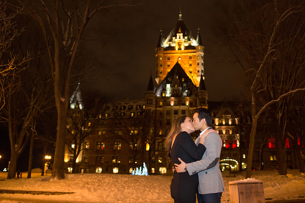 Winter engagement session in Old Quebec.