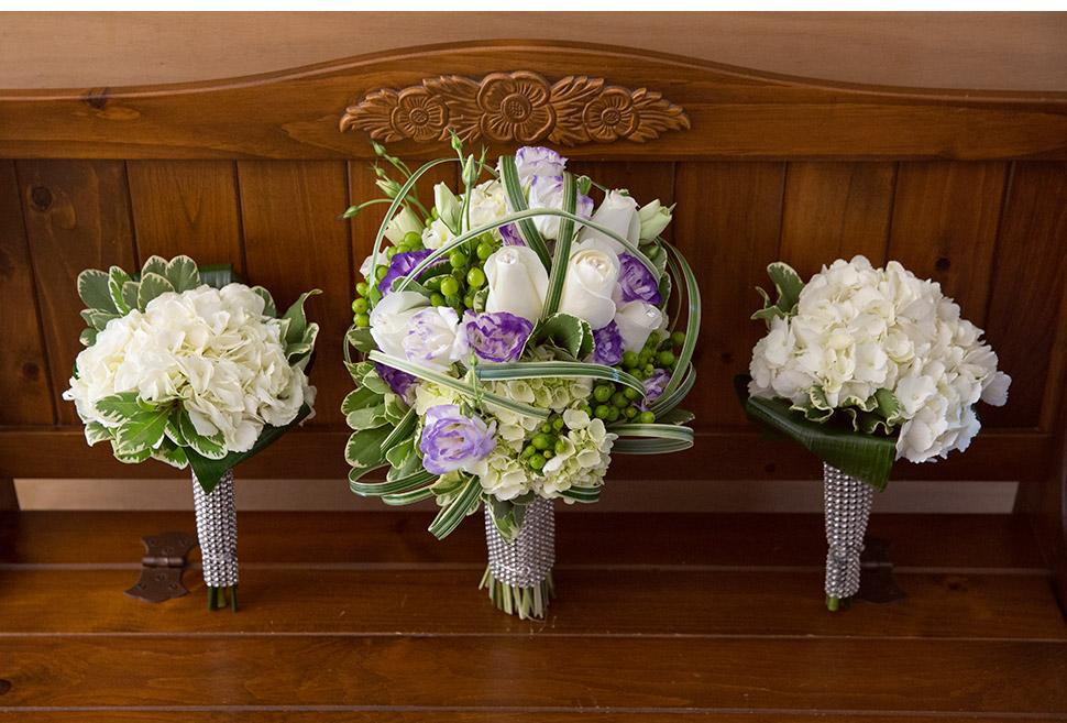 Bouquets de la mariée et des filles d'honneur.