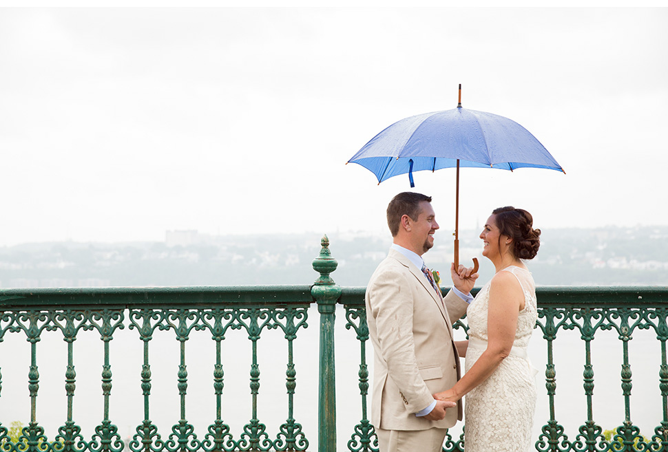 Awesome rainy day wedding photos.