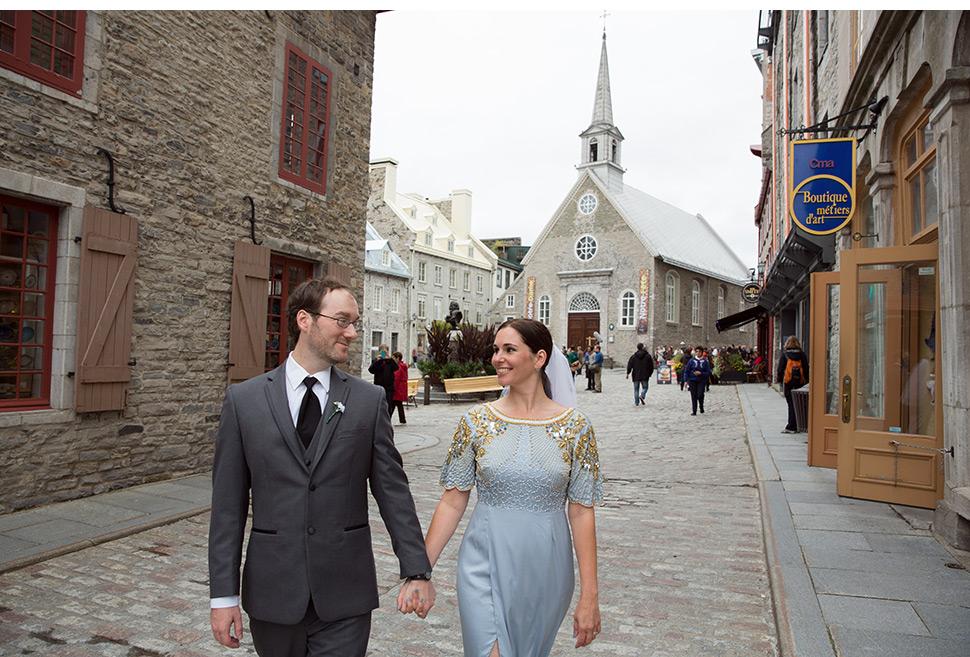 Mariage romantique dans le Vieux-Québec.